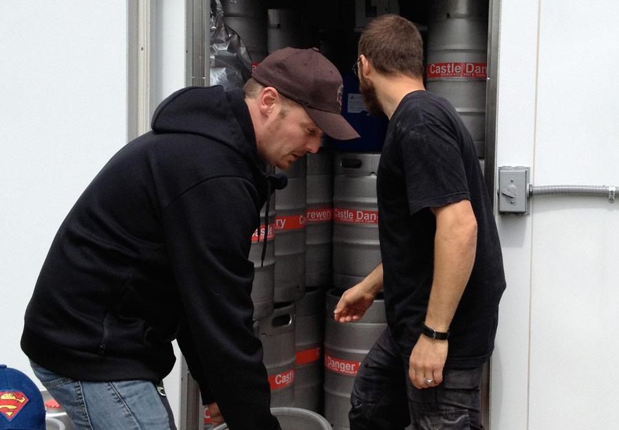 loadingkegs